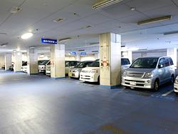 平面地下駐車場