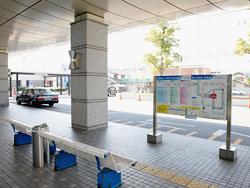市立池田病院前バス停留所